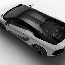 The Aventador LP 700-4 Pirelli Edition will be available in Coupé and Roadster variants