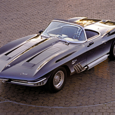 The Mako Concept in 1961 showed the design for the 1963 second generation