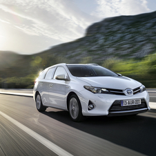 Toyota Auris Touring Sports ab 17.150 Euro