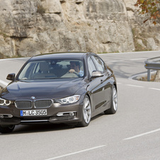 BMW 320i EfficientDynamics