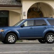 Mazda Tribute i Touring FWD