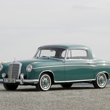 Mercedes-Benz 220 S Coupé