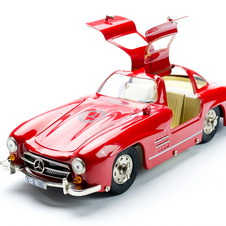 Playing with Toys: The 300SL Through Miniature