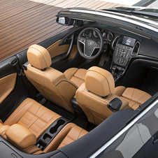 O interior do novo Opel Cascada