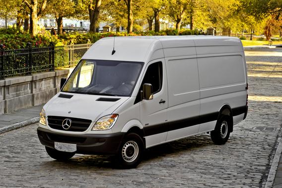 Mercedes Benz Sprinter Kastenwagen 316 Cdi Short 3 5t 1 Foto Und Technische Daten