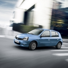 Renault Says Goodbye to Clio II with Bye Bye Special Edition
