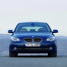 BMW 530d Touring Executive (E61)