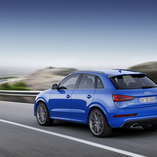 Thanks to these changes the RS Q3 Performance is 0.4s faster than the standard version to reach the 100 km/h mark (4.4s)