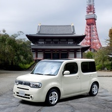 Nissan Cube 4WD