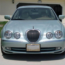 Jaguar S-Type 4.2 V8