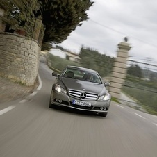Mercedes-Benz E500 Coupe CGI BlueEfficiency Sport