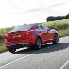 Volvo S60 D3 R-Design Momentum Geartronic