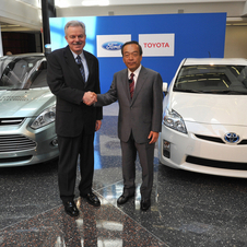 Ford and Toyota to Team Up on Hybrid Technology