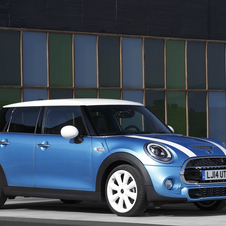 New five-door MINI hatchback larger and more spacious, but doesn't runaway from the brand's standards