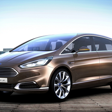 The S-Max features cutting edge Ford styling