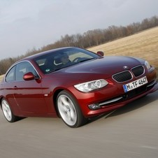 BMW 335i Coupé Edition Exclusive xDrive AT