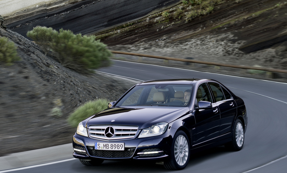 mercedes-benz c 180 cdi blueefficiency saloon :: 1 foto und 66