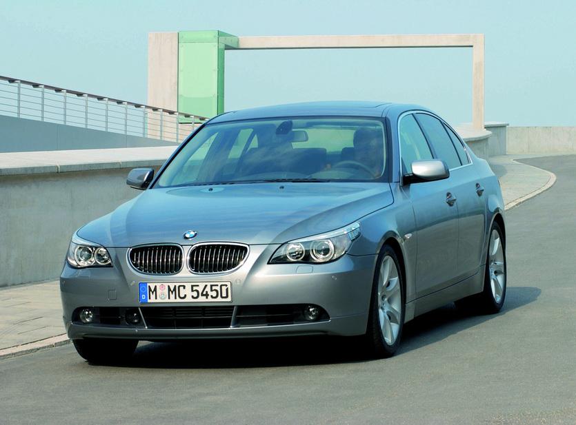 BMW 550i Automatic :: 3 Fotos und 52 technische Daten :: de.autoviva.com