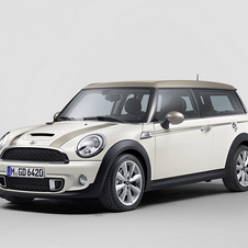The Hyde Park is available as the standard Mini and Clubman