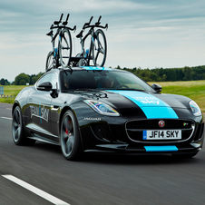 Jaguar F-Type R Coupé Tour de France