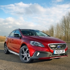 Volvo V40 D4 Kinetic Powershift Cross Country