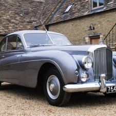 Bentley R-Type Coupé by Abbott of Farnham
