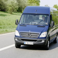 Mercedes-Benz Sprinter Cargo Van 2500 High Roof 144-in. WB