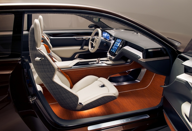 Volvo refers that the interior design was inspired in a Scandinavian living room