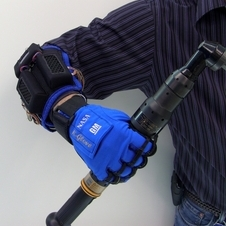 General Motors and NASA Develop Robotic Gloves That Increase Grip Force