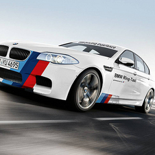 The new Ring Taxi is based on the F10 M5 with 560hp.