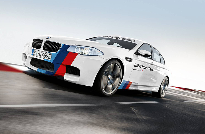 BMW M5 Ring Taxi