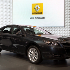 Renault sold 30% more cars in China in 2011 than in 2010