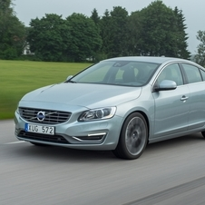 The S60 and V60 are the first cars to get the new engines