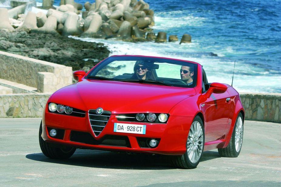 Alfa Romeo Spider 2.2 JTS Selespeed :: 3 Fotos und 50 technische Daten ...