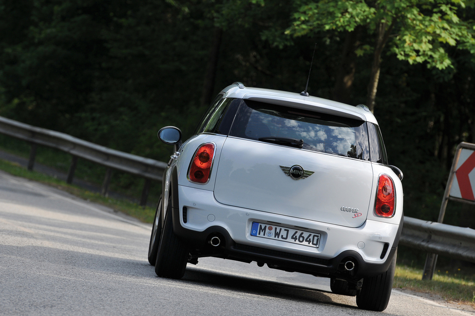 Mini Bmw Cooper Sd Countryman All4 11 Fotos Und 82 Technische