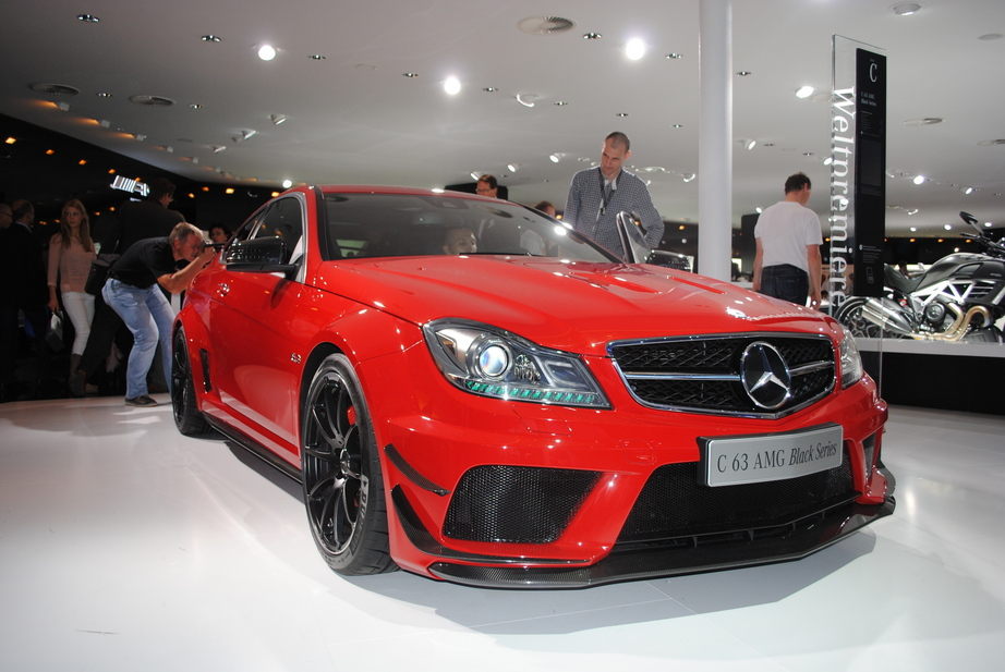 Mercedes Benz C 63 Amg Black Series 5 Fotos Und 61 Technische