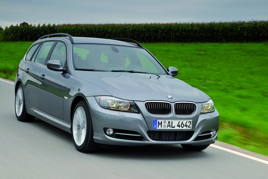 bmw 318i touring edition exclusive automatic :: 1 foto und 11