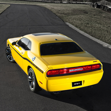 Dodge Challenger Yellow Jacket Adds Adaptive Suspension and Interior Upgrades to 6.4 Liter Hemi V8