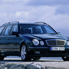 Mercedes-Benz E 240 Station Wagon AT