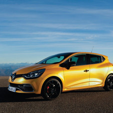 The new Renaultsport Clio has more torque and less weight than the previous generation