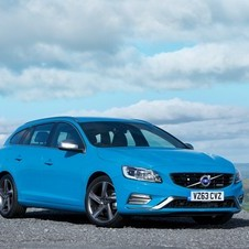 Volvo V60 D5 R-Design AWD Geartronic