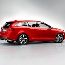 Volvo V60 D4 R-Design Summum