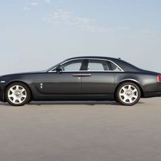 A new Rolls Royce takes on an old Bentley