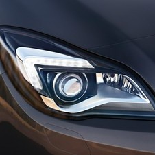 Top models have bi-xenon headlights and LED running lights