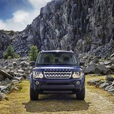 The biggest change to the Discovery is a new front end