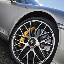 Both cars come standard with 20in wheels. The Turbo S gets center-lock wheels