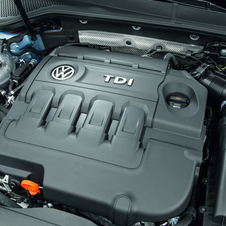 The engine has 108hp and is rated at 3.2l/100km