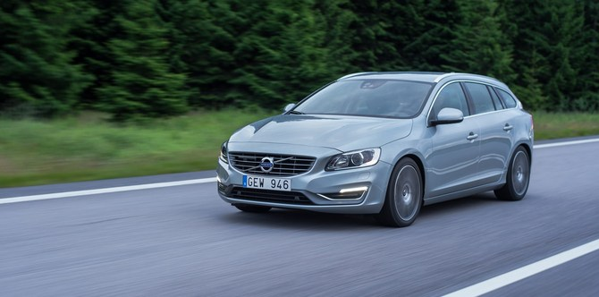 Volvo V60 D5 Summum Geartronic