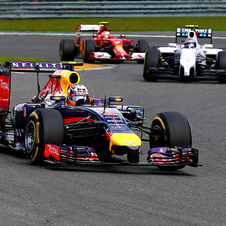 Ricciardo ended the race with 3.3 seconds of advantage over Rosberg