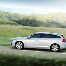 Volvo V60 T4 Summum Powershift